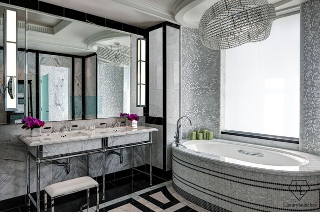 The luxury bathroom over 600 million per night